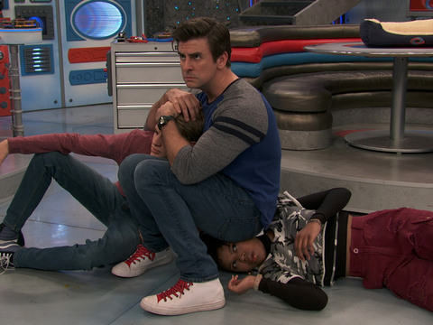 "Henry Danger: ""Part 3: A New Hero"""