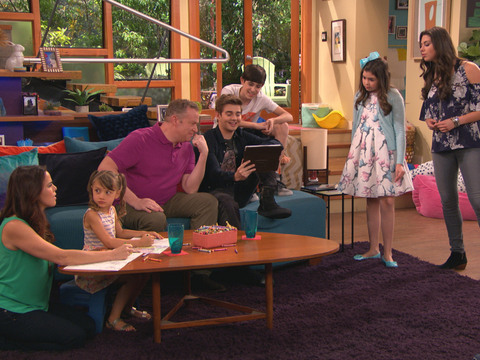 THE THUNDERMANS | S4 | Episodio 24 | Granjas y campamentos