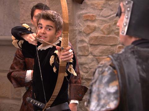 THE THUNDERMANS   S3   Episodio 25   Robin Hood: El príncipe de Pheebs