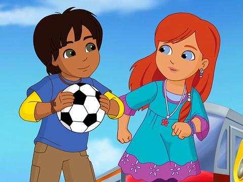 Dora and Friends: Pablo's Kick