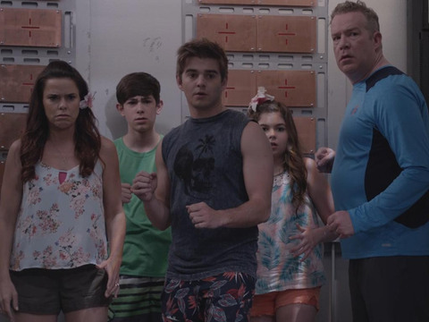 The Thundermans | Shorts | Nova Vilã