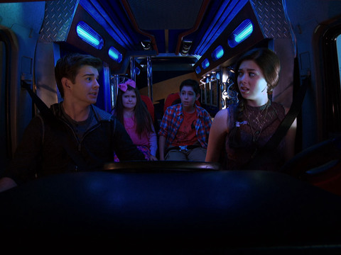 The Thundermans | Short | Alerta na Thunder Van