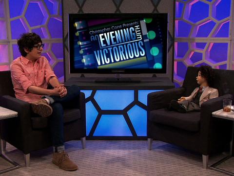 Victorious | Short | Entrevistando a Matthew Bennett