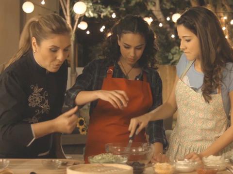 TONI LA CHEF | S1 | EXTRAS | Recetas de la Chef Lorena García - 9