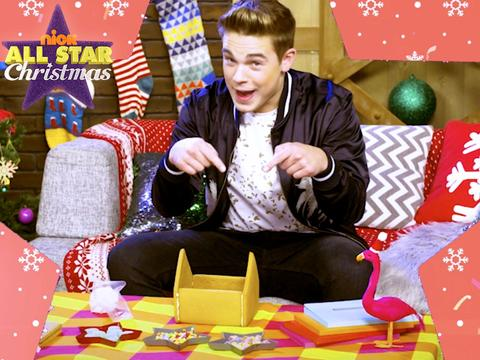 Build a Gingerbread House with Ricardo