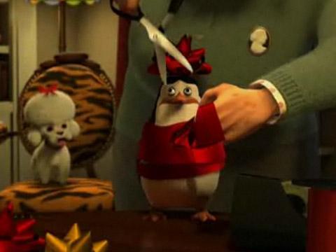 Pingüinos de Madagascar preparan la Navidad