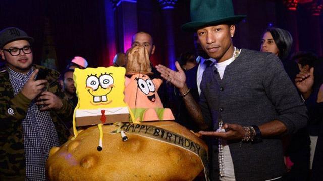 Pharrell Williams SpongyaBobbal szülinapozott