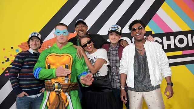 Nyakig úsztak a zöld trutyiban a Kids' Choice Awards díjazottjai!