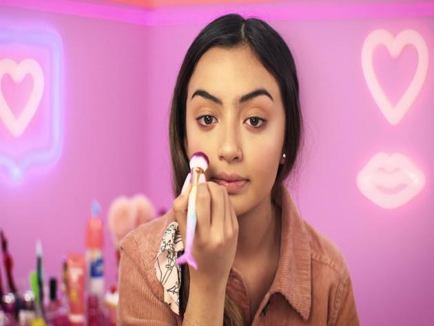Make me Glam | S1 | Episodio 16 | Webserie | Probando productos de farmacia