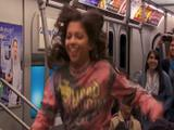 Baile en el metro - Game Shakers
